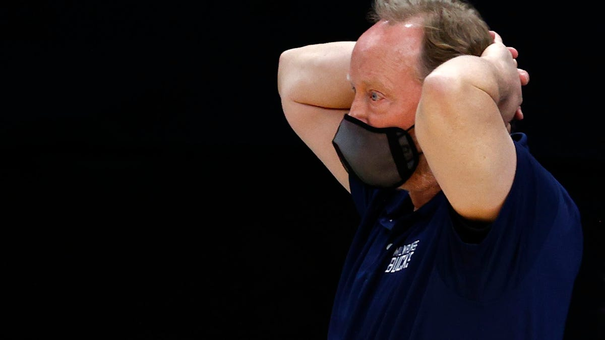 Underperforming in playoffs isn't new to Mike Budenholzer teams, but this time it may cost him