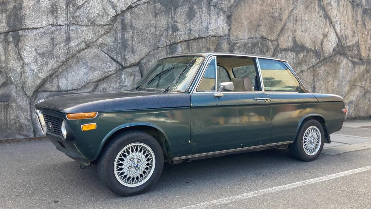 BMW 2002, Toyota Crown Majesta V8, International Scout II: Die tollsten Fahrzeuge, die ich online zum Verkauf gefunden habe