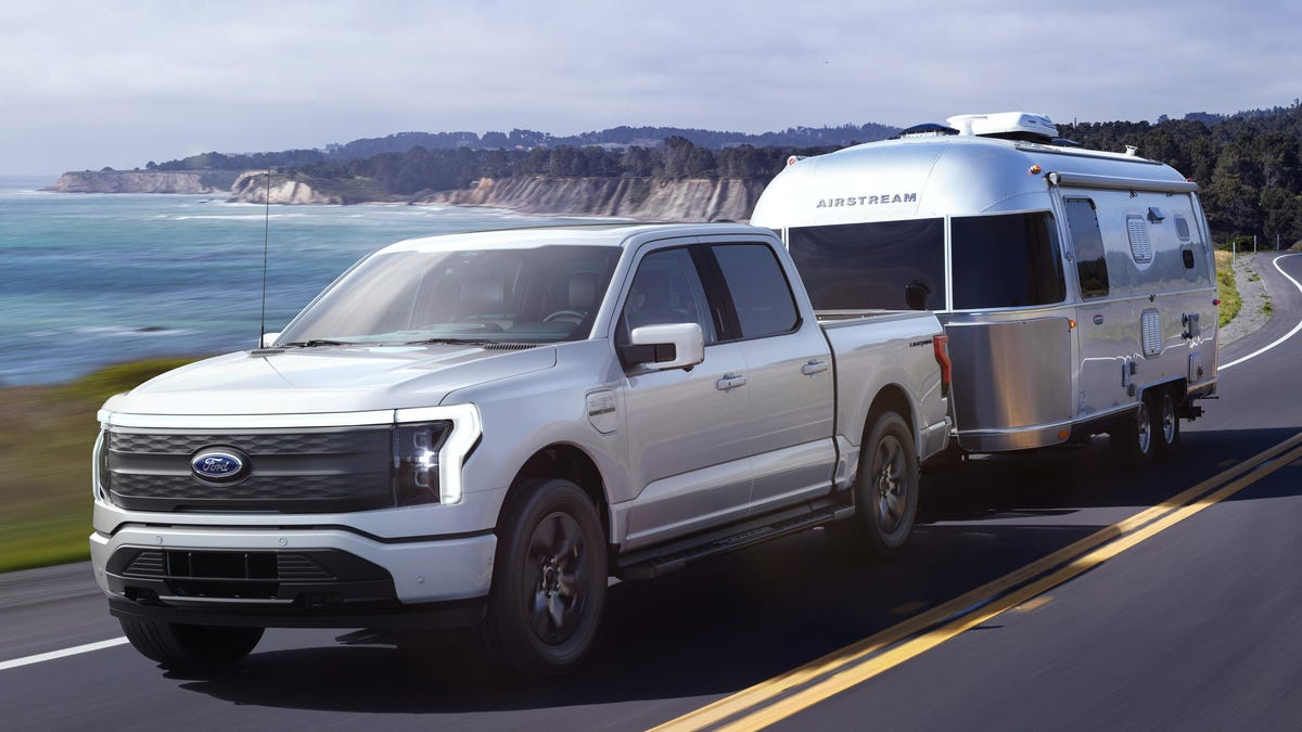 Towing Range For The Ford F-150 Lightning Sure Seems Like It's Going To Be Very Bad