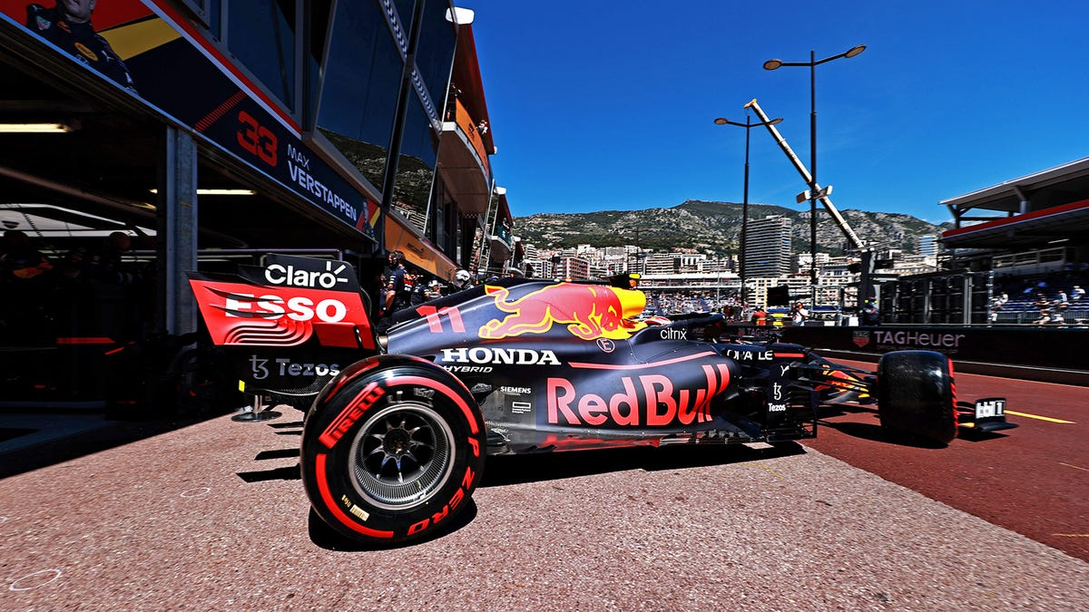 Mercedes's Toto Wolff Is Worried The FIA Is Letting Red Bull Get Away With It