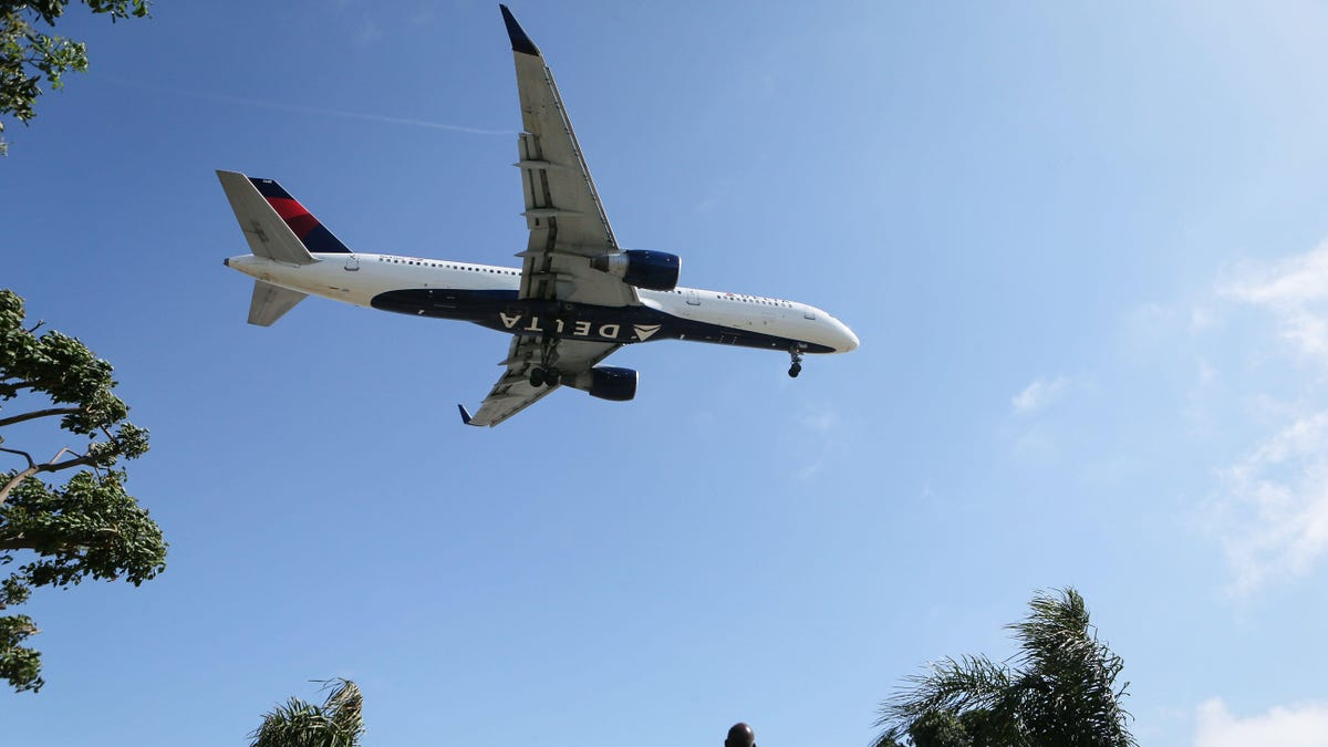 Delta Wants Airlines to Share No-Fly Lists to Keep Crap Passengers Out of the Skies