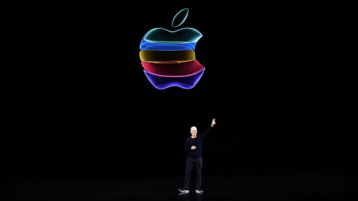 Apple Employees Ask Tim Cook to Support Those Who Want to Continue to Work Remotely thumbnail