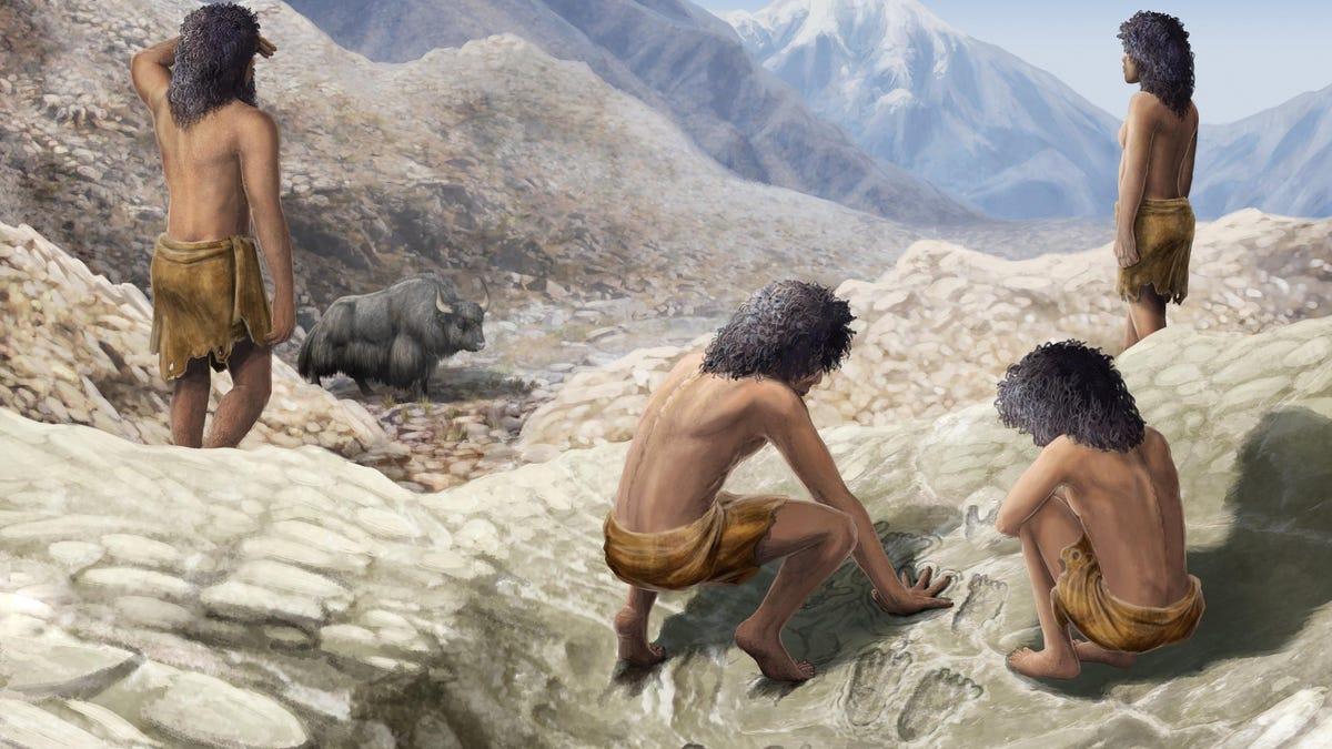 200,000-Year-Old Hand Art Found Near a Tibetan Hot Spring