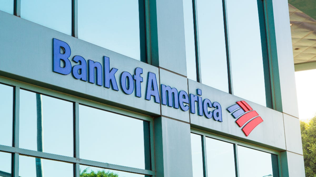 Black Man Says Bank of America Employee Refused to Cash His Insurance Check, Accused Him of Stealing and Threatened to Call the Police