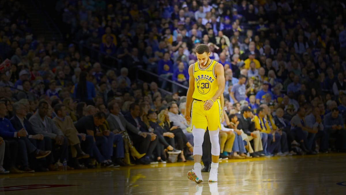 Warriors need to let Steph Curry go