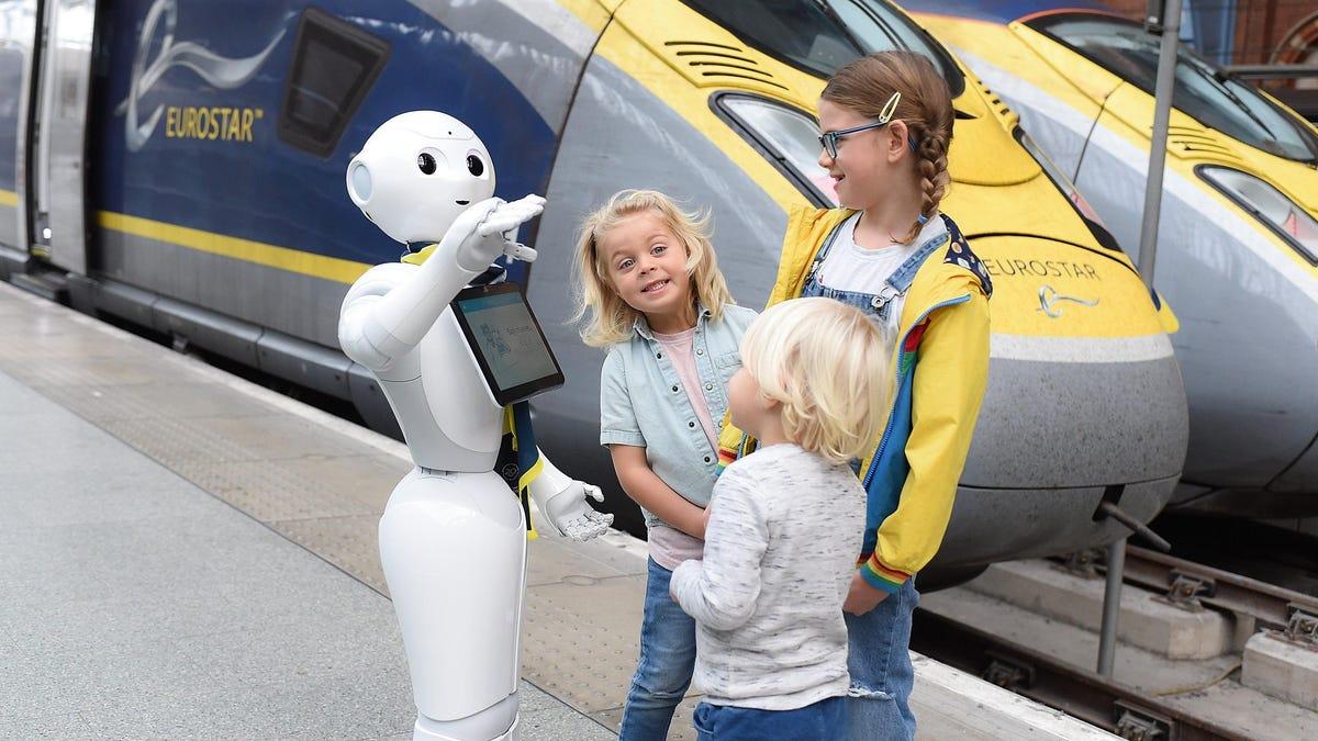 RIP Pepper the Robot (2014-2020) thumbnail