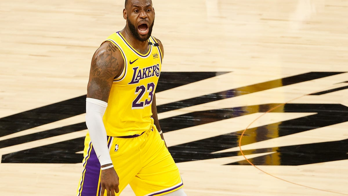 LeBron James sounds off on NBA decision-makers