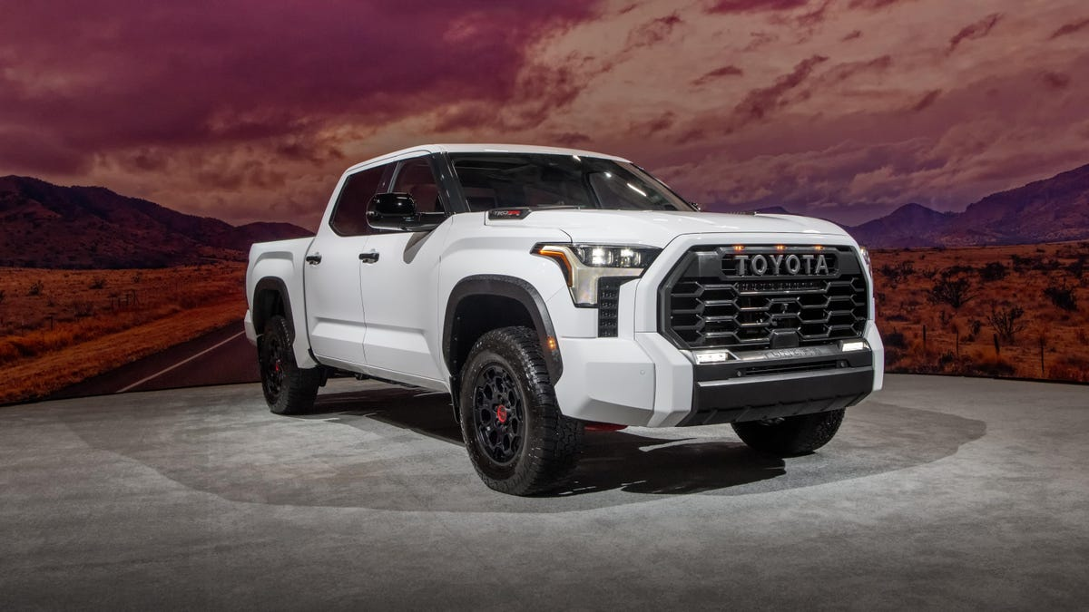 Der Toyota Tundra 2022 ist ein Hybrid-Pickup, der kein Arbeitstruck sein will