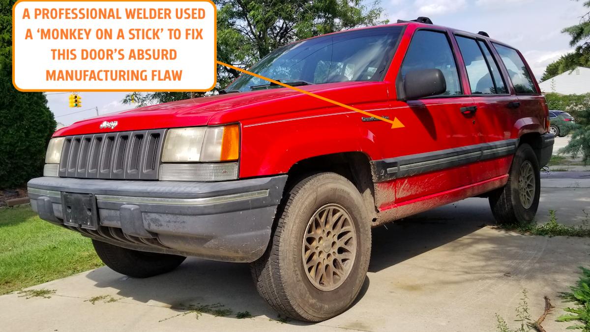 Wie ein professioneller Schweißer den absurden Herstellungsfehler behoben hat, der das Schließen der Tür meines Jeeps verhindert hat€