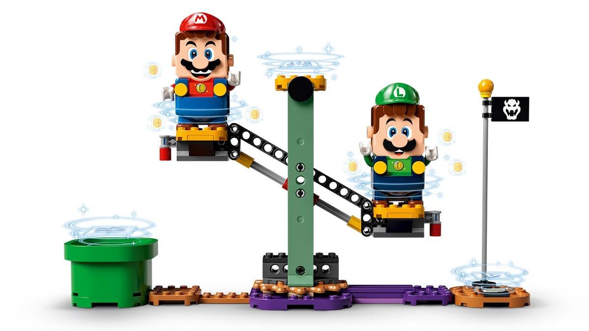 Luigi Unlocks Lego Super Mario's Two-Player Mode