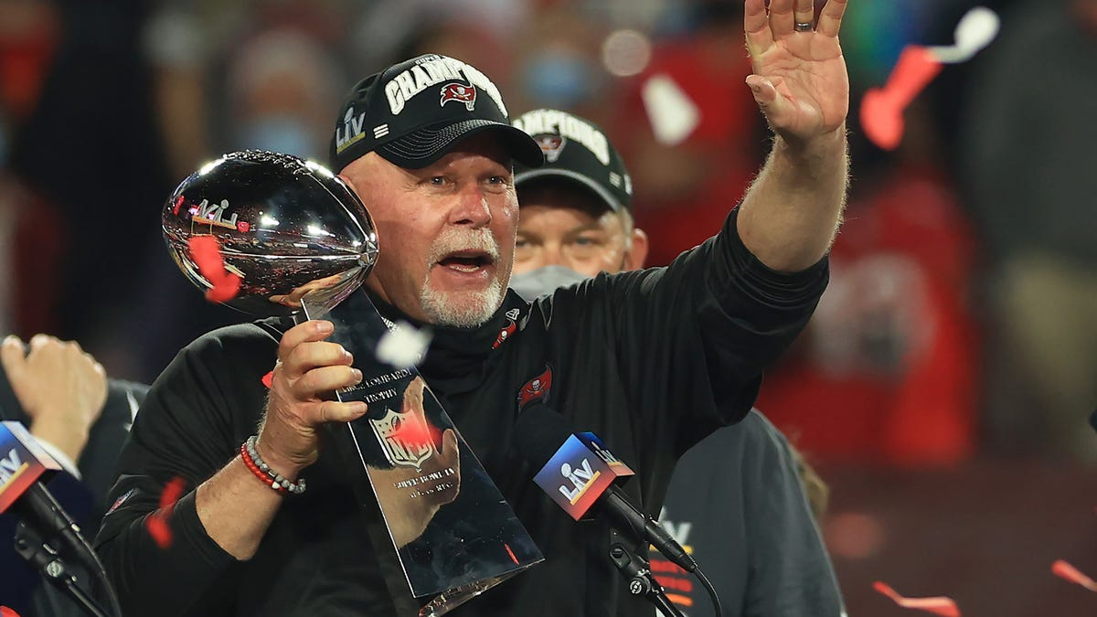 Bruce Arians: 'If you want to go back to normal, get vaccinated'