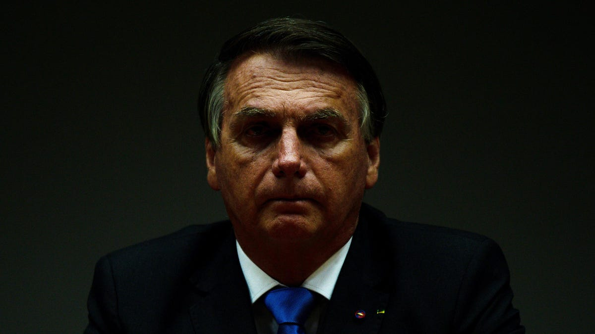 Brazilian Senate Committee Recommends Bolsonaro Face Charges of Mass Murder, Genocide