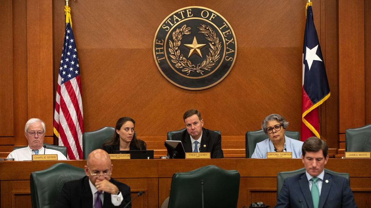 Texas Democrats Have Fled the State to Block Racist Legislation; National Dems Please Take Note