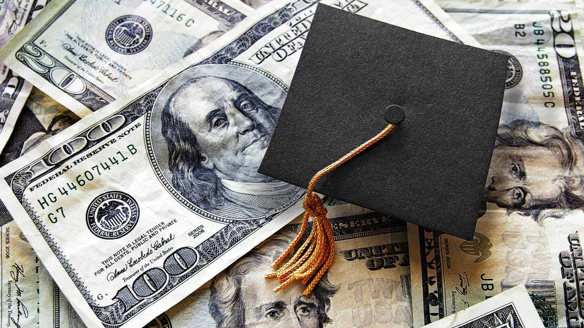 Wilberforce University Cancels Student Debt for Graduating Class