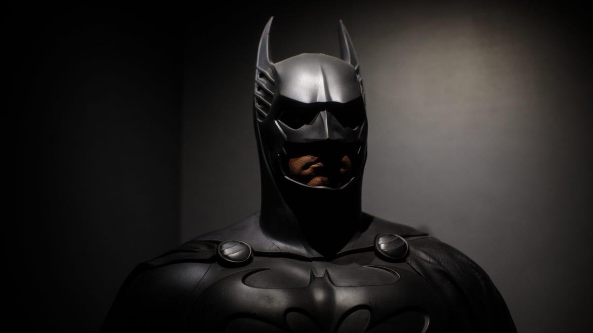Harley Quinn creators say DC won't let Batman go down on Catwoman