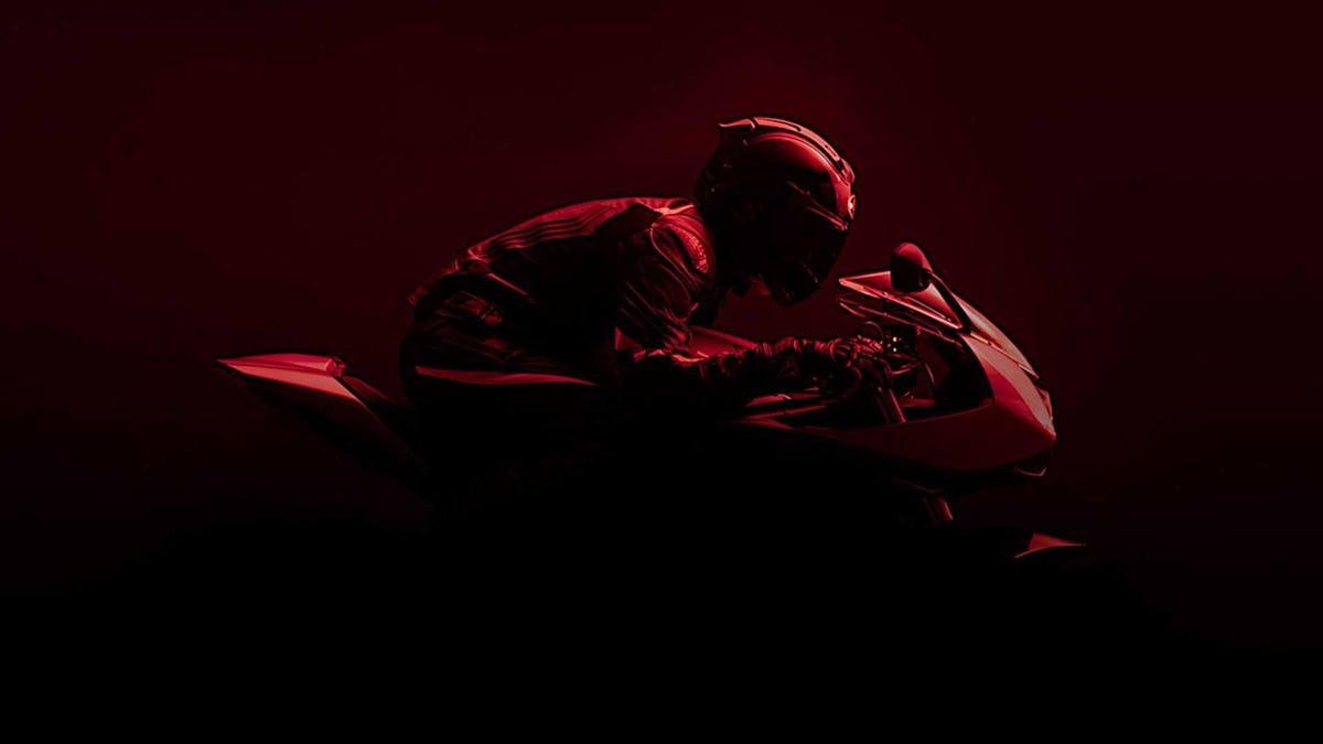 Triumphs neue Race Replica sieht in Rot strahlend aus