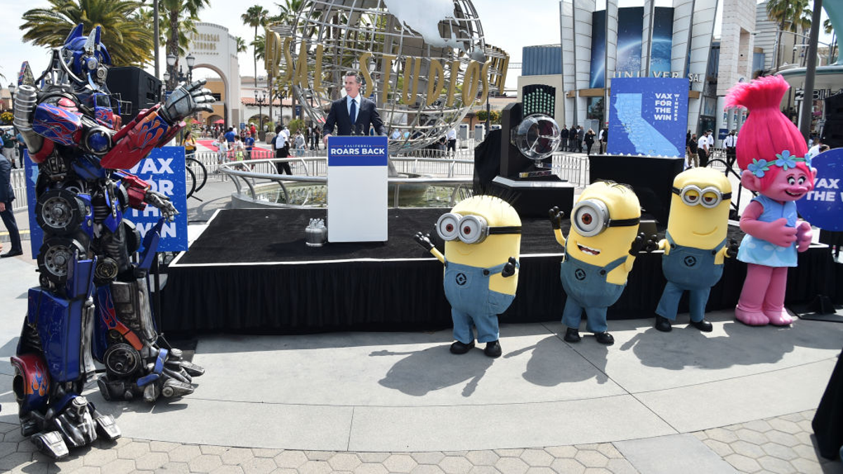 Universal Studios Hollywood Instates Vaccine Passport and Masks