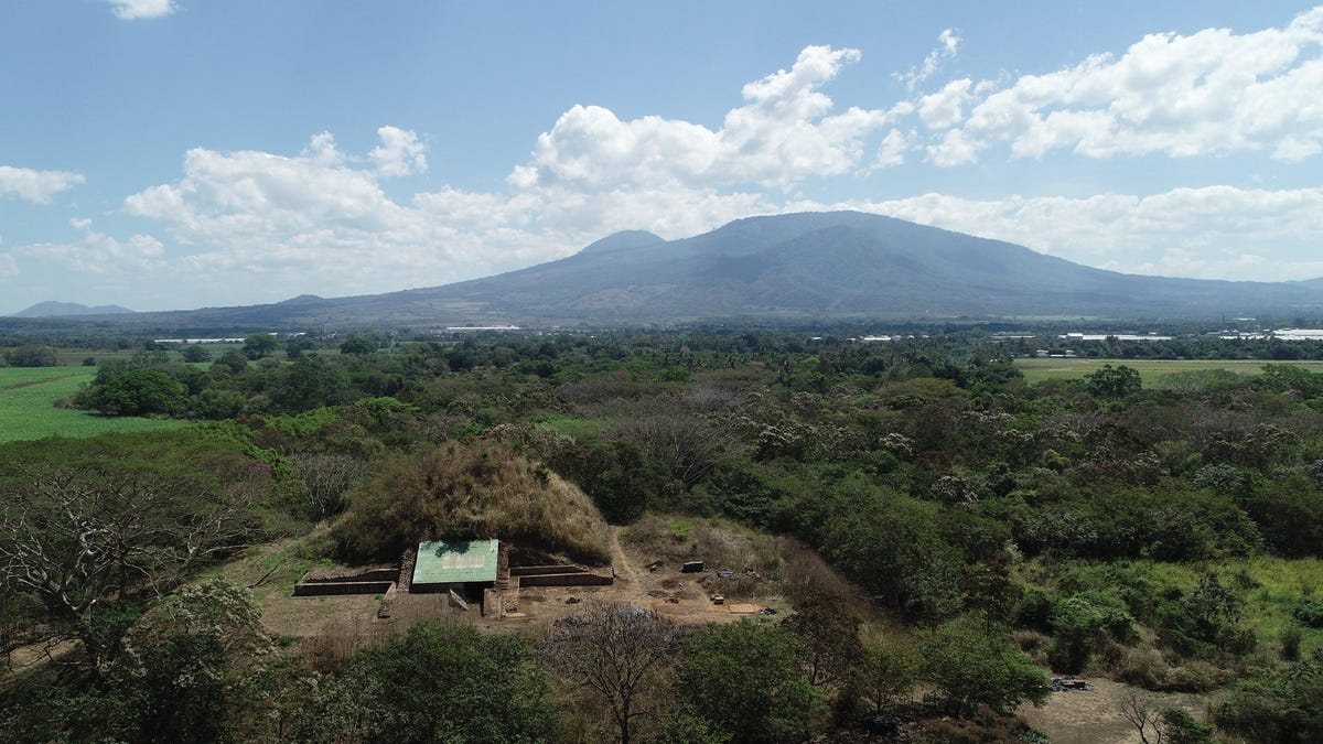 Catastrophic Volcanic Eruption Prompted Construction of Ancient Maya Pyramid, Research Suggests thumbnail
