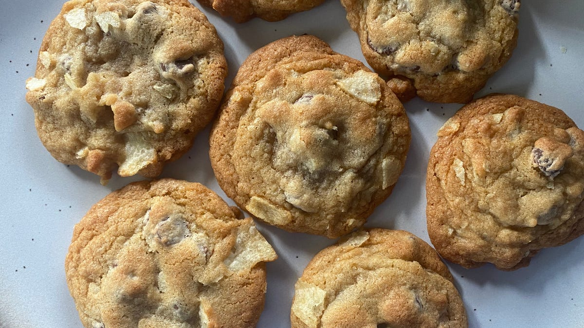 How to Properly Freeze Your Extra Cookies so They Don't Go Stale
