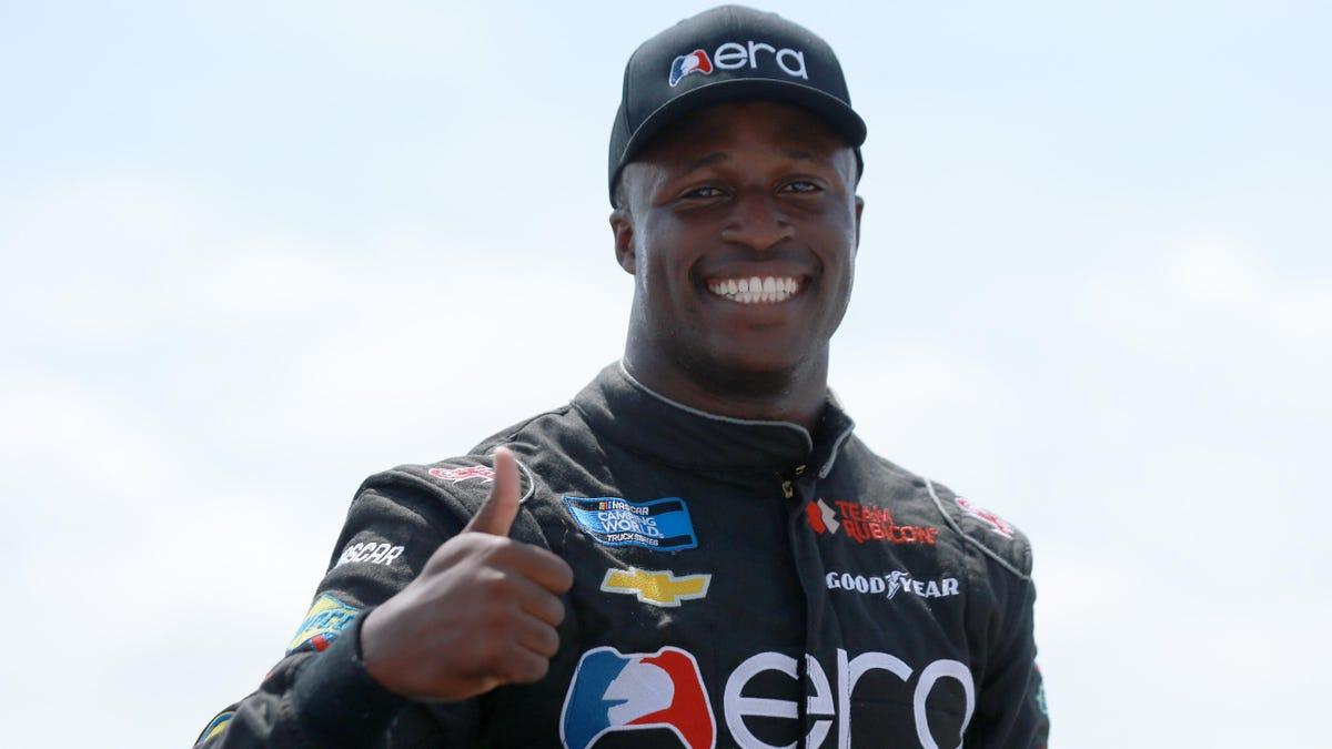 Jesse Iwuji und NFL-Star Emmitt Smith bilden 2022 ein NASCAR Xfinity-Team
