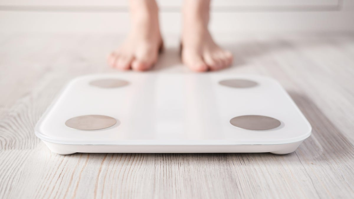 Your Smart Scale Probably Isn't Accurate Enough to Be Useful - Lifehacker