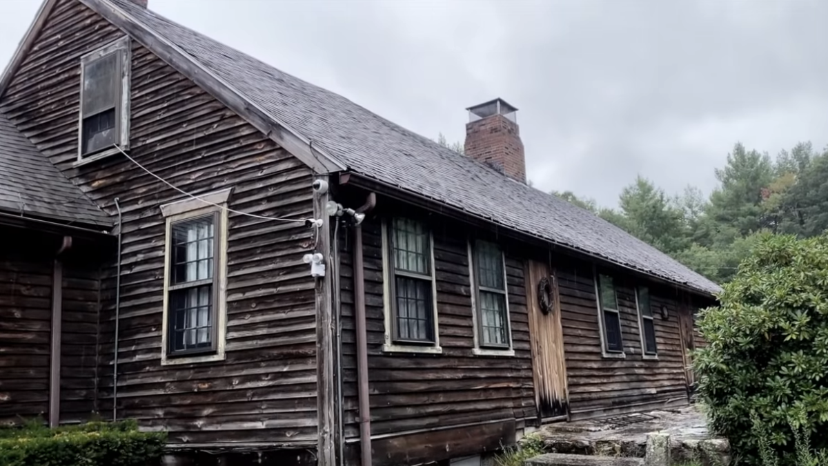 Break into real estate by buying The Conjuring's scary house