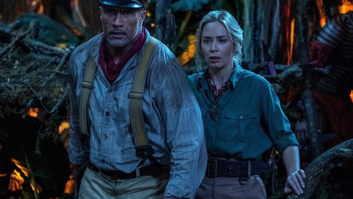 How Jungle Cruise Producers Built a Cinematic World for a Theme Park Ride thumbnail