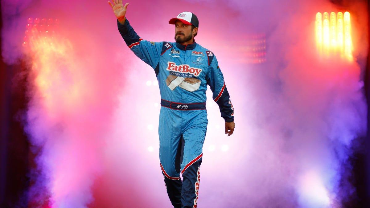 Parler sponsert das Auto eines NASCAR Xfinity-Fahrers auf dem Las Vegas Motor Speedway