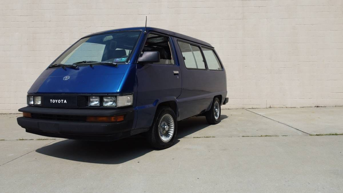 At $6,500, Does This 1986 Toyota Van Move You?