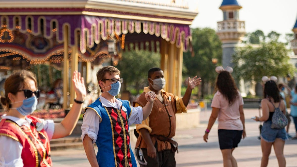 U.S. Disney parks will require for employees to be vaccinated