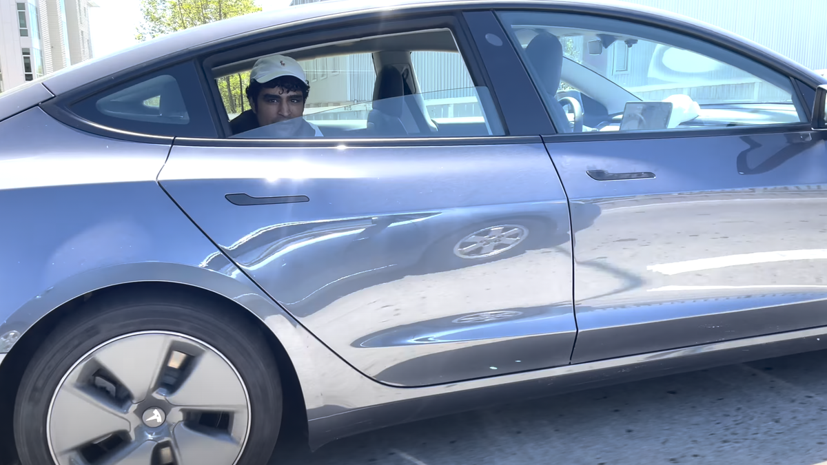 Another Video Shows A Driver Abusing Tesla Autopilot On Public Roads