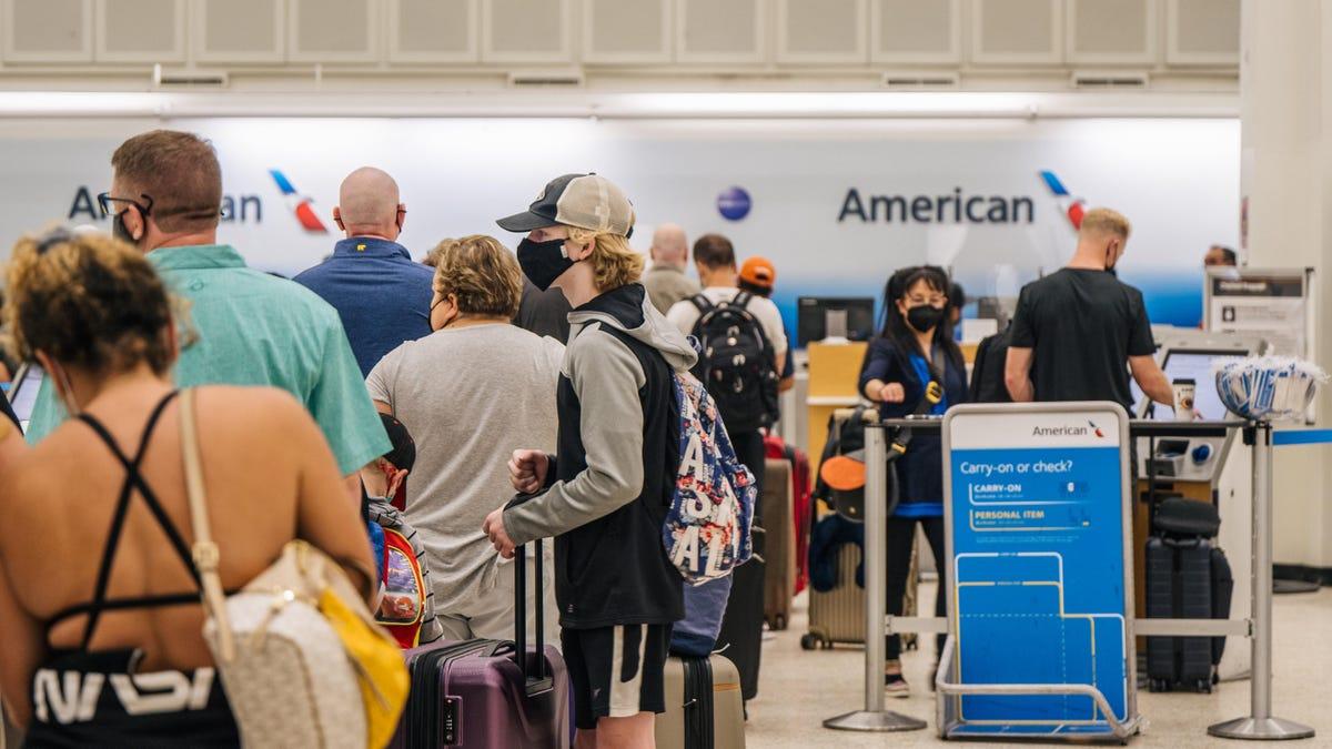 Schwerwiegende Verspätungen von Fluggesellschaften werden durch den Klimawandel nur noch schlimmer