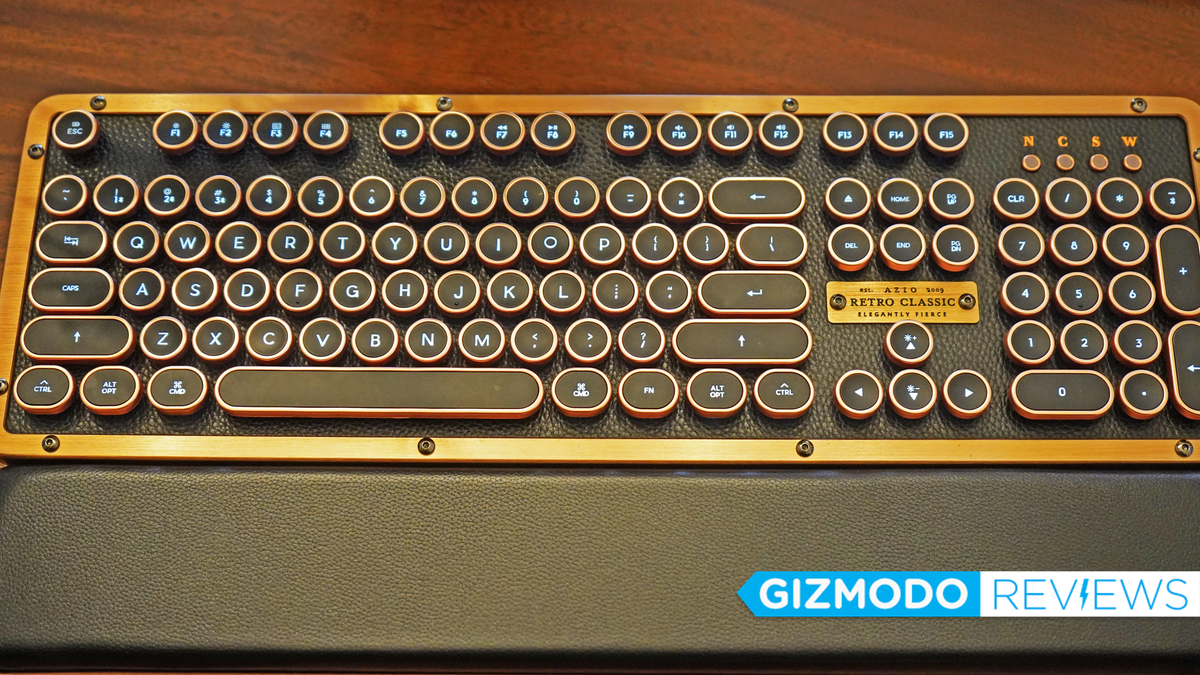 Azio's Retro Classic Keyboard Is a Steampunk Delight