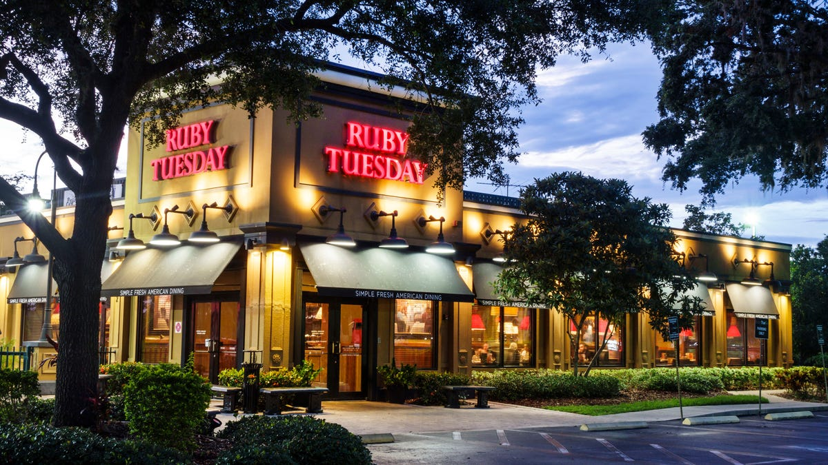 Ruby Tuesday Goes Public With Request That Everyone Come On Down To Ruby Tuesday