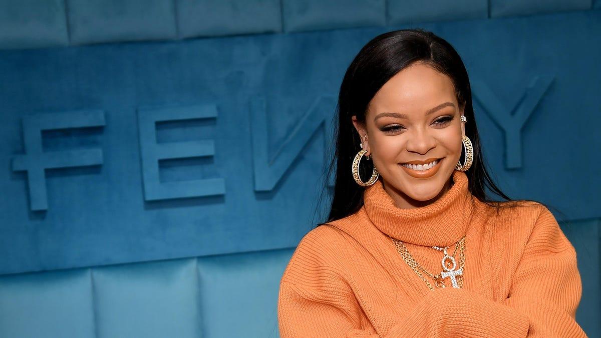 Like Diamonds in the Sky, Rihanna Has Reportedly Reached Billionaire Status