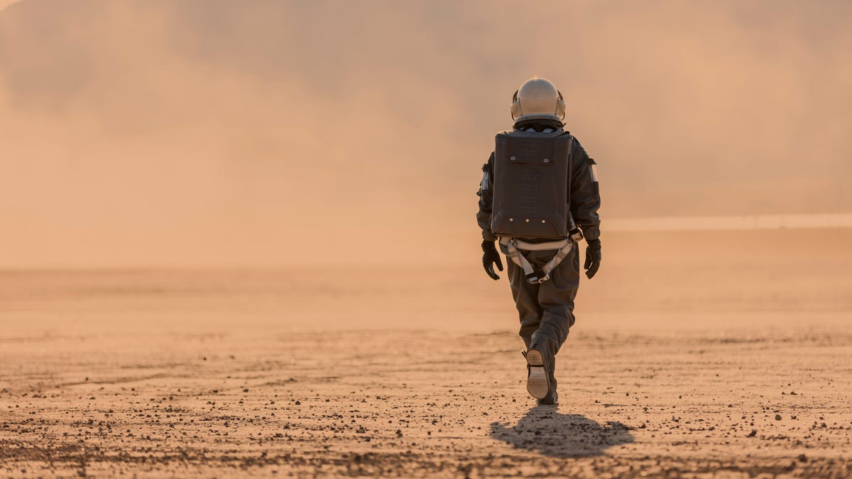 NASA Wants to Pay You to Isolate on Fake Mars for 8 Months - Lifehacker