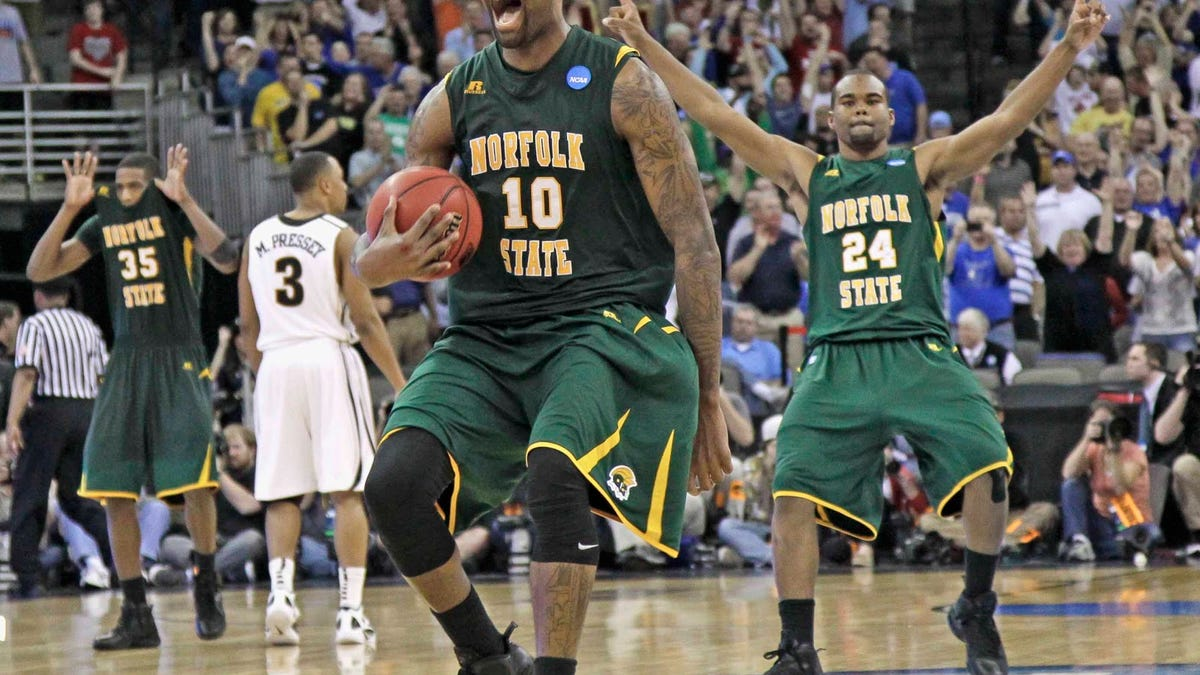 Deadspin Wayback Machine: Norfolk State reps all HBCUs, CJ McCollum makes Duke fans cry