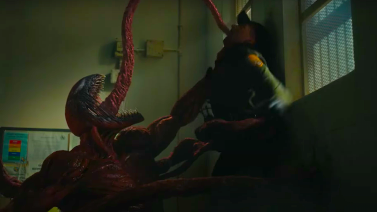 Venom: Let There Be Carnage's New Trailer Wants to Slip You Some Tongue thumbnail