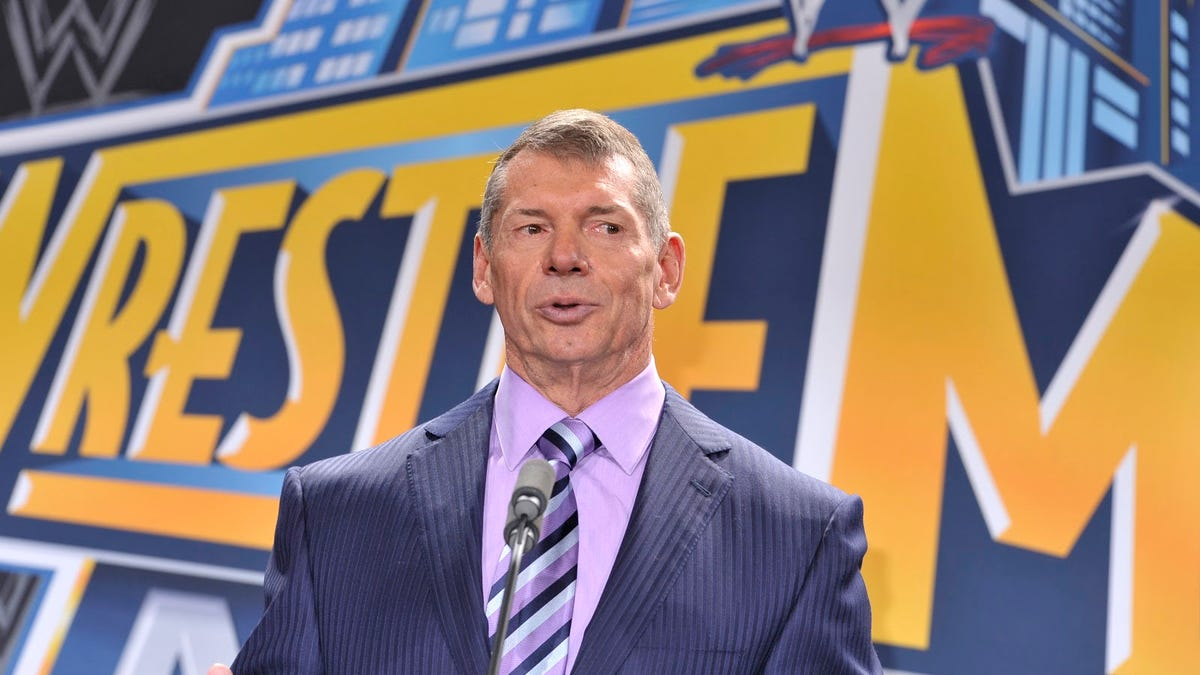 Yep, Vince McMahon is as evil as you think he is, chapter 893
