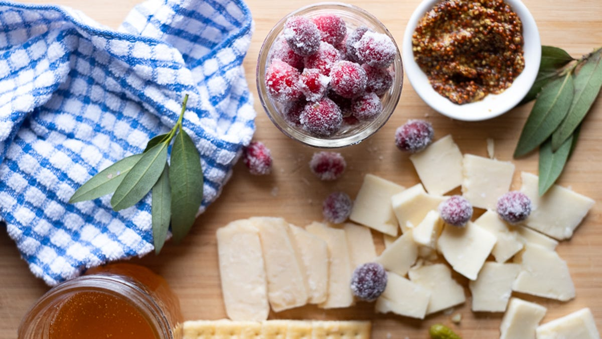Bring Sugared Cranberries to Thanksgiving