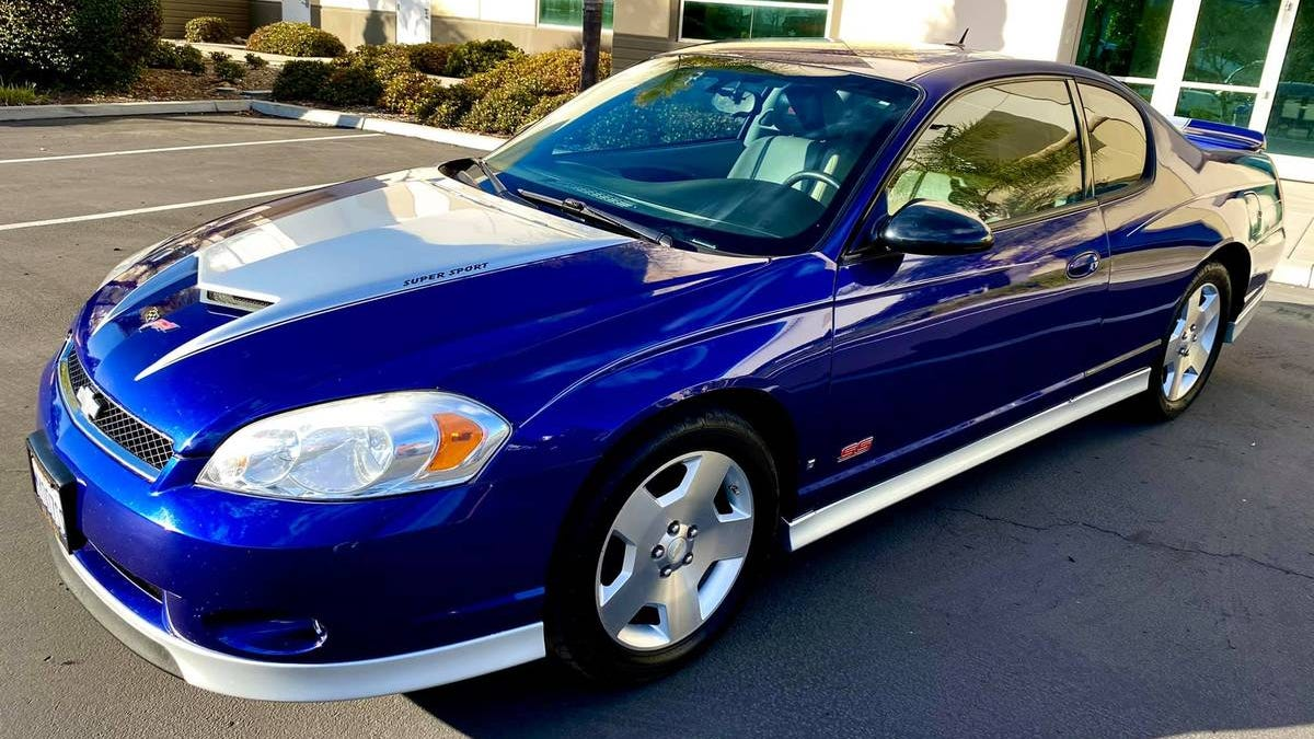 At $9,800, Would You Go Full Monte With This '07 Chevy Monte Carlo?