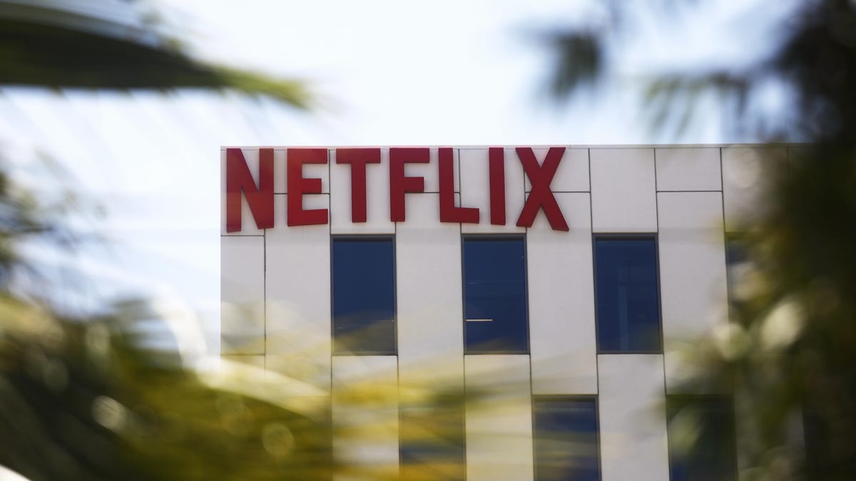 Netflix will become the first major studio to issue a vaccination mandate