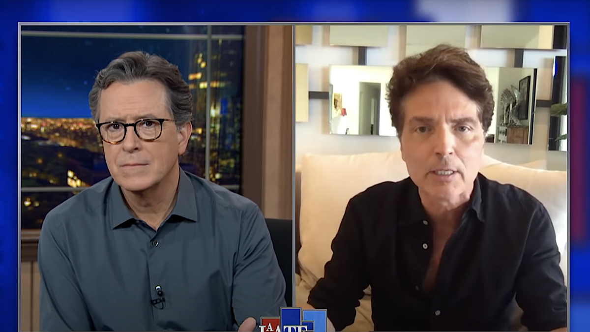 Supervillain Richard Marx breaks into The Late Show feed to mock Rand Paul's Twitter accusations