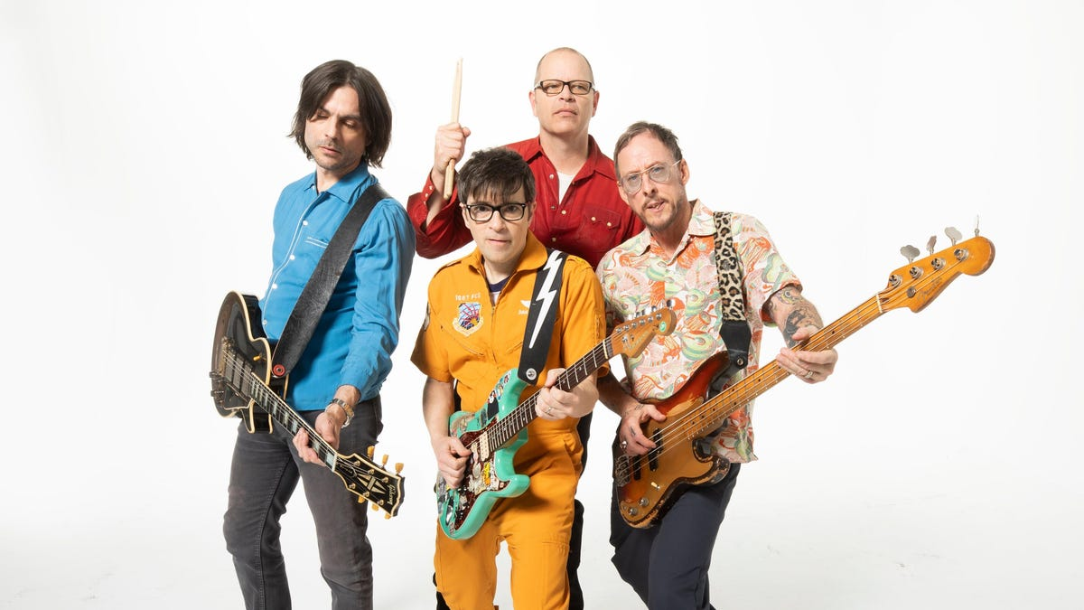 Van Weezer is the most fun Weezer record in a long time
