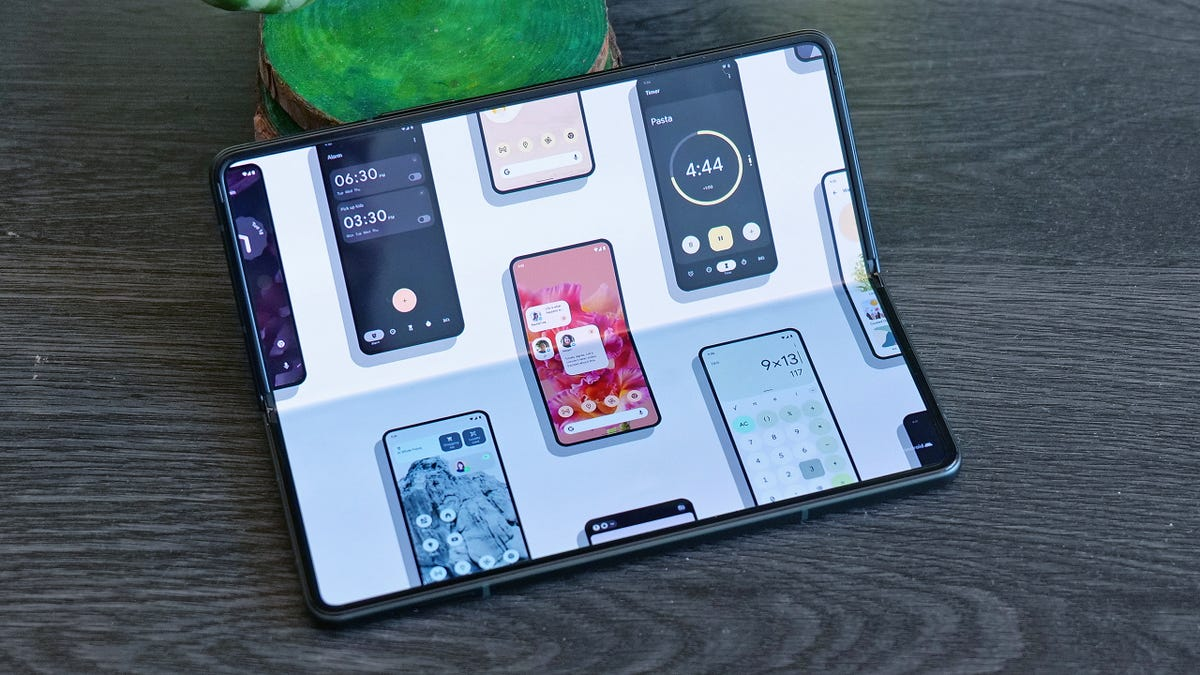 Leaked Android Update Promises Huge Upgrades for Foldable Phones