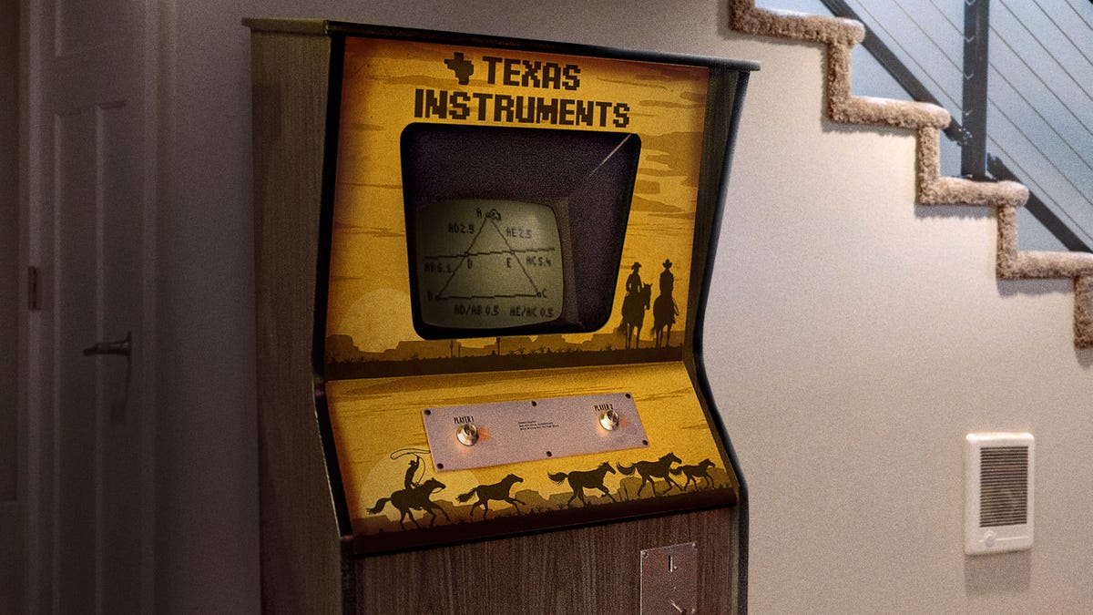 Man Scores Vintage Coin-Operated Texas Instruments Graphing Cabinet
