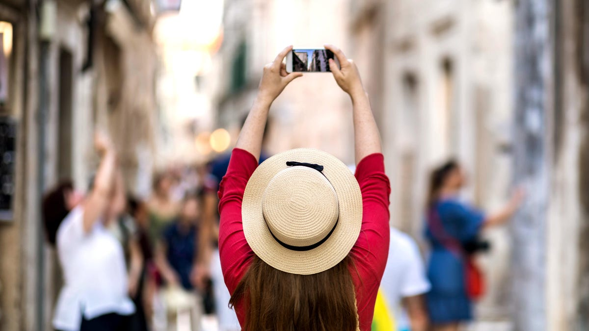 Use This Free App to Create a Shareable, Low-Effort Travel Journal
