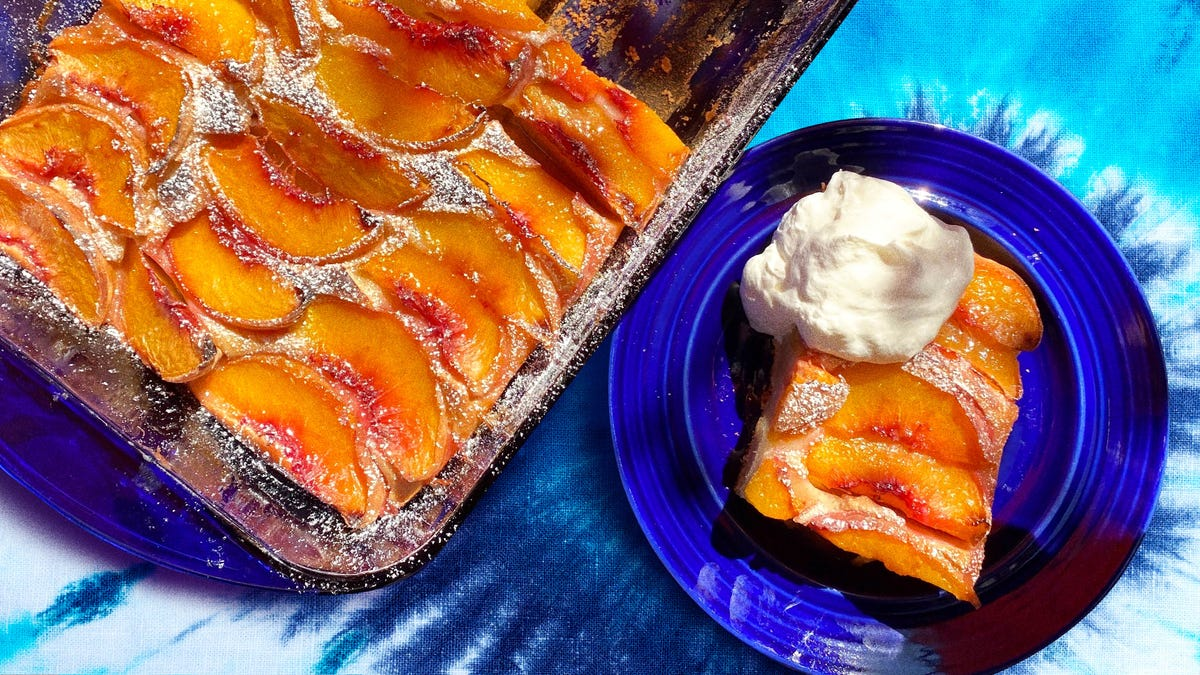 Baltimore Peach Cake proves that summer isn't over yet