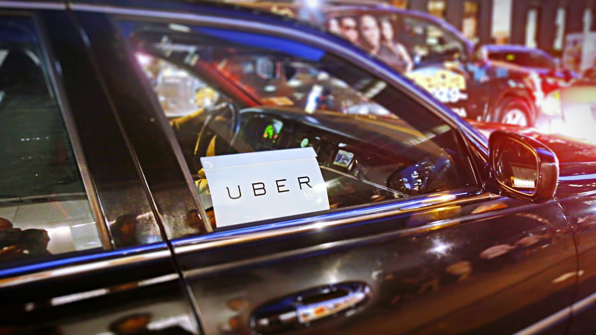 How to Avoid Surge Pricing on Uber and Lyft