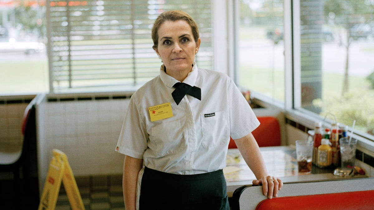 Undaunted Texas Waffle House Waitress Has Been Expecting To Die There Every Day For The Past 20 Years Anyway